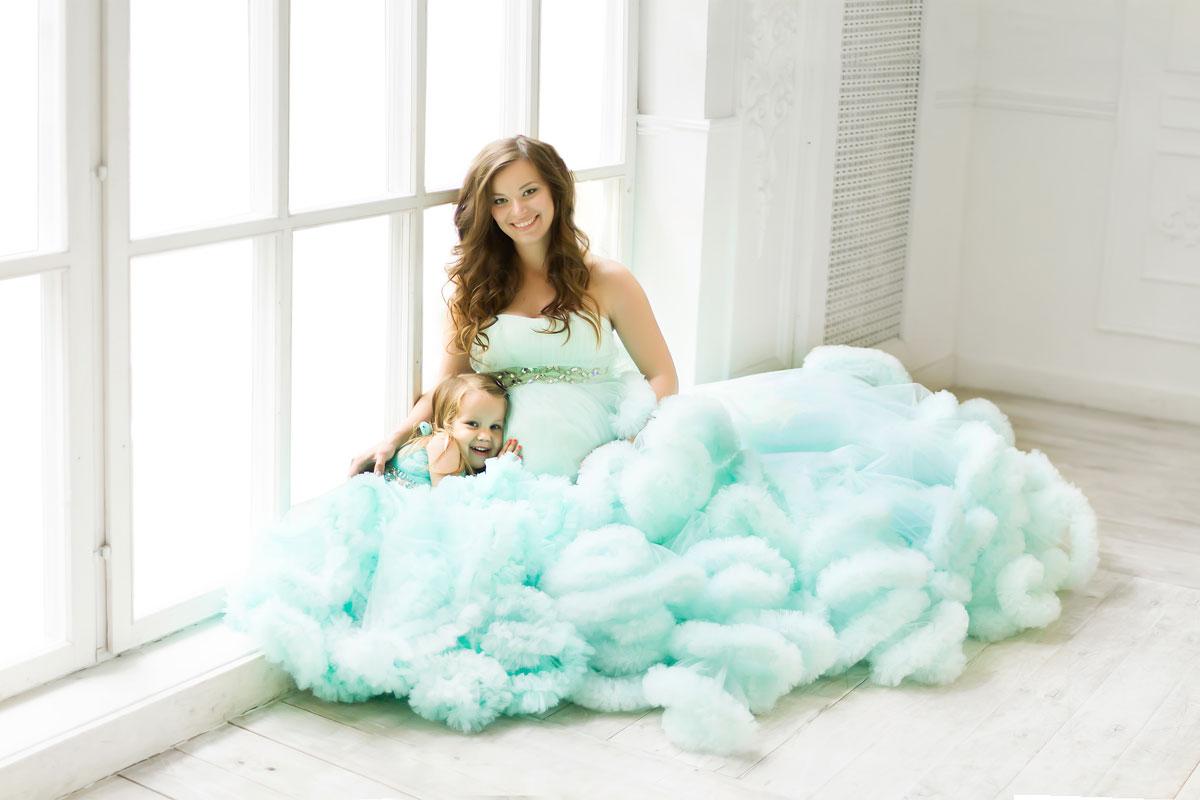 Летняя фотосессия мамы с дочкой-ангелочком
