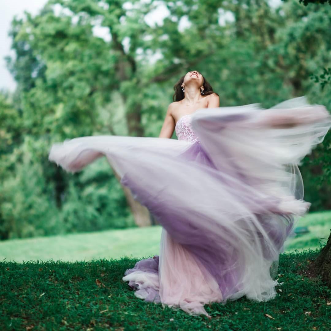 Платье в нежно-лиловом цвете
