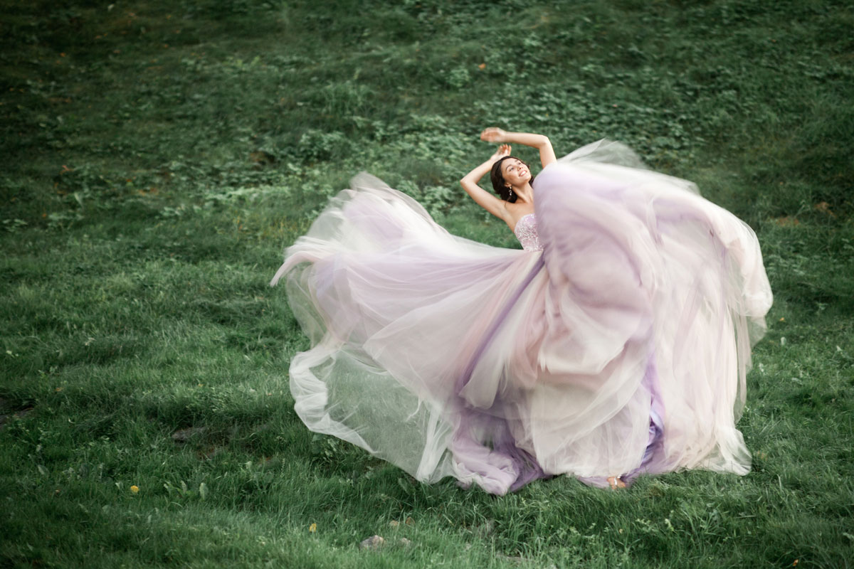 Платье с многослойной шифоновой юбкой