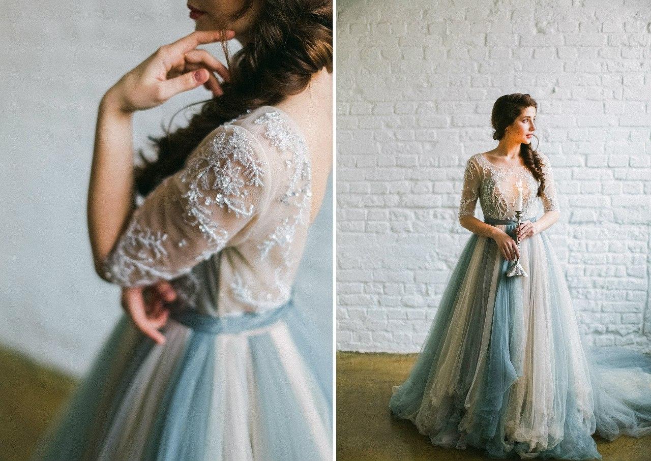 Небесное платье с бисерным оформлением