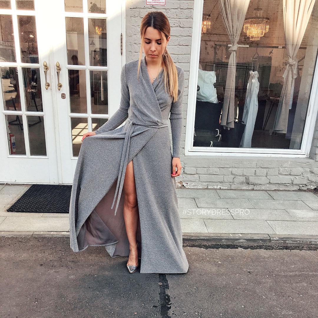 Платье-халат с серебристой люрексовой нитью