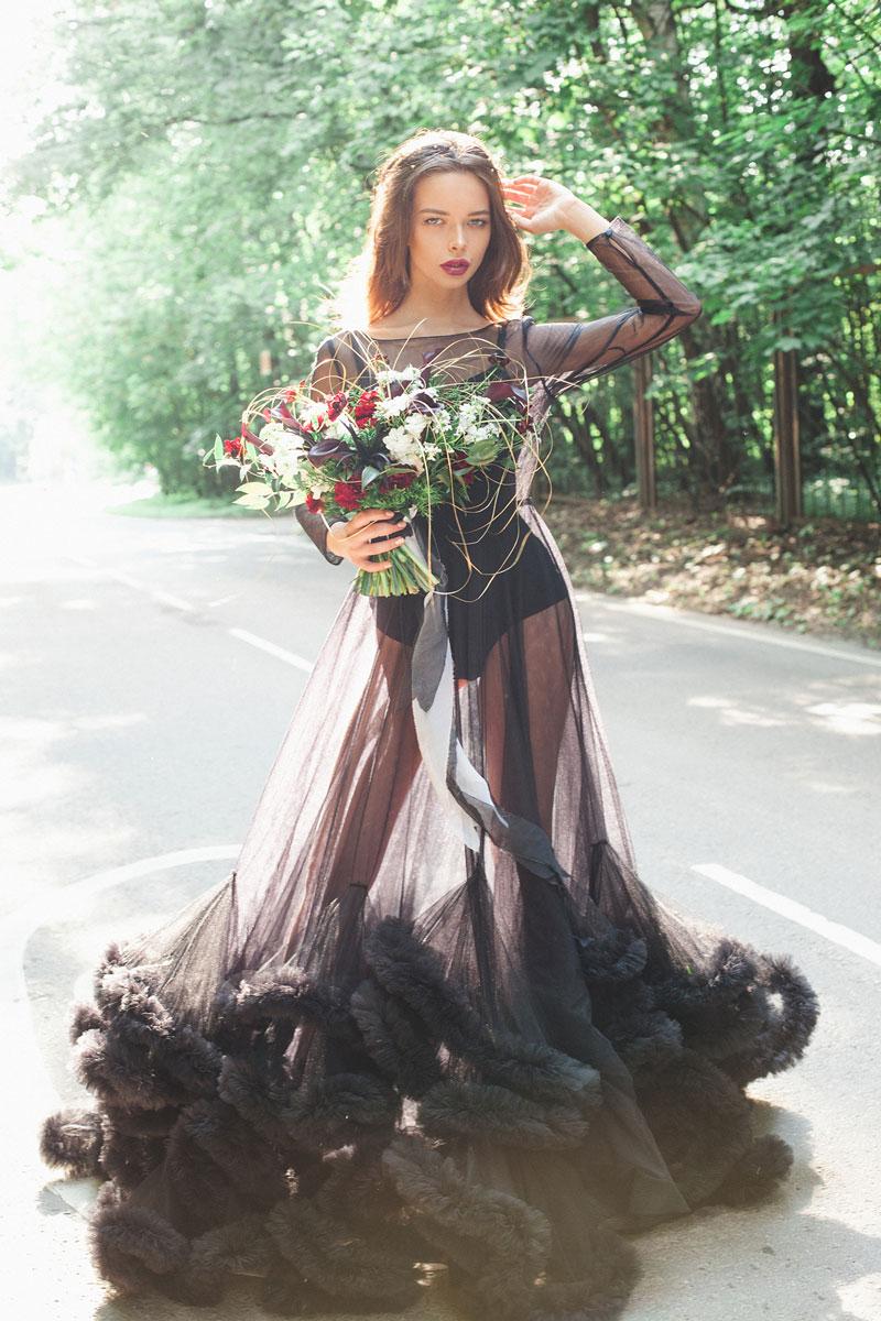 Прозрачное платье облако черного цвета