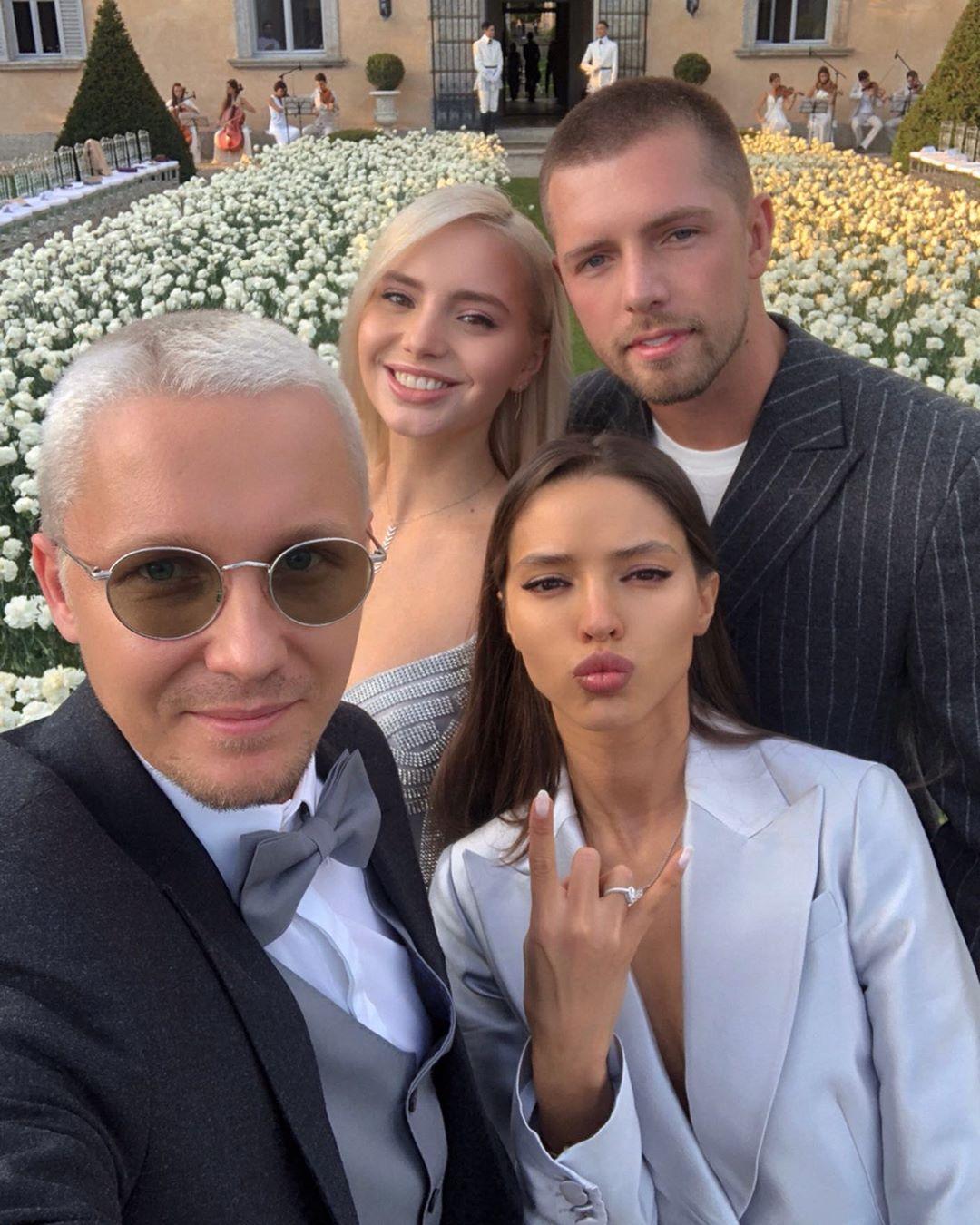 Гости на свадьбе Дарьи Клюкиной