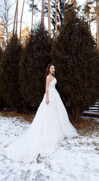Белоснежное платье невероятной красоты