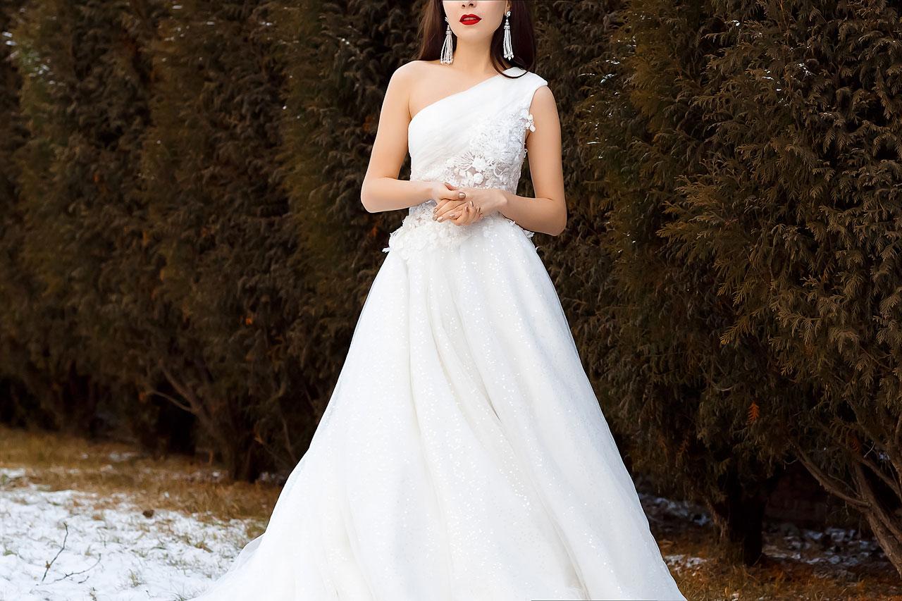 Платье расшитое пайетками и бисером