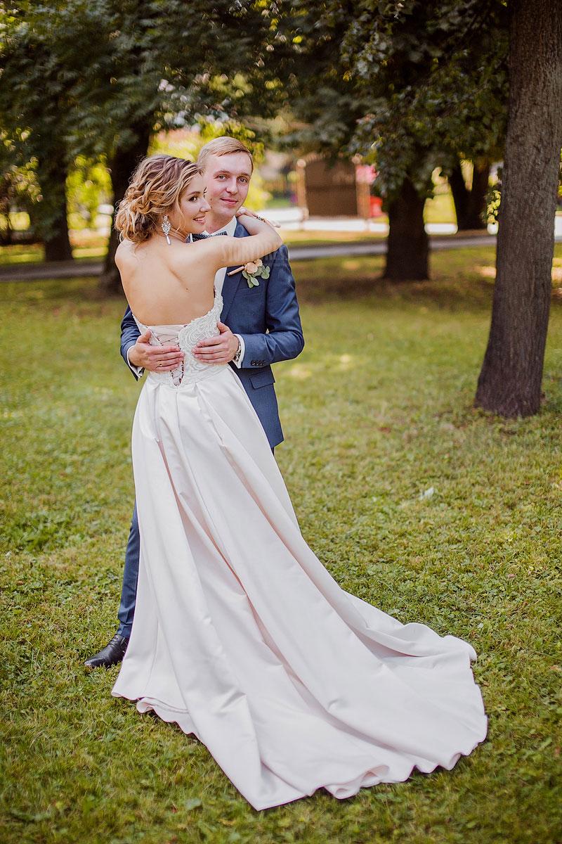 Аренда брендовых свадебных платьев в Москве